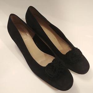 Vintage Salvatore Ferragamo black suede pumps 10 B